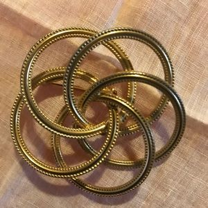 Vintage Gold Tone Brooch W/Entwining Circles